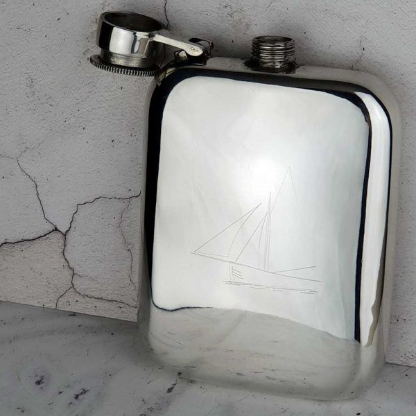 Personalised Galway Hooker Hip Flask. FREE Engraving, Galway Hooker Engraving, Capture Top, Lift-Off Lid Box & Velour Pouch. Leather Pouch, Pouch Engraving & Gift Wrapping Option.