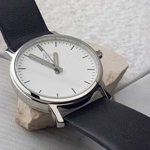 Personalised Watch For Men with white dial. FREE Personalisation & Engraving. Watch can be engraved with personal message. Optional Gift Wrapping.