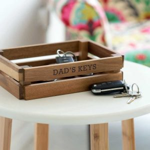 Personalised Wooden Key Storage Crate For Dad at Christmas, Birthday & Fathers Day. Key, Wallet & Phone Storage Box engraved with up to 25 Letters