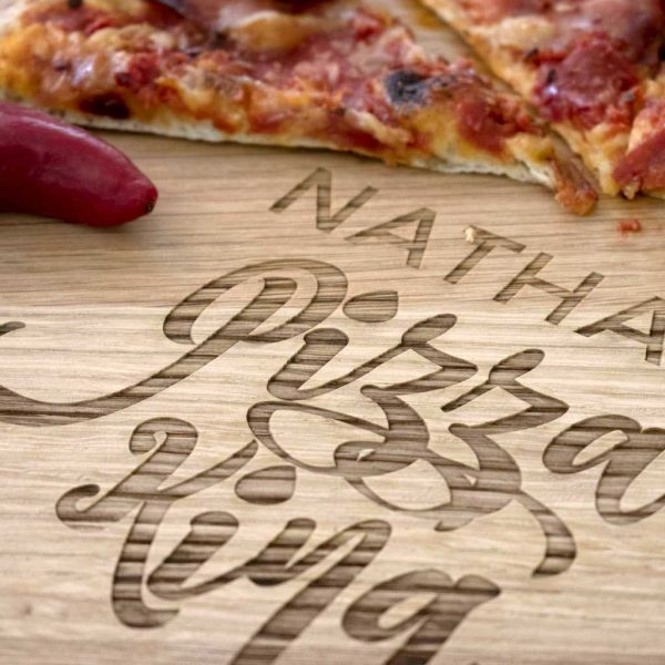 Personalised Pizza Board for Dad with Name Laser Engraved above the words Pizza King. Pizza King Pizza Board with Handle & Jute Rope loop hanger.