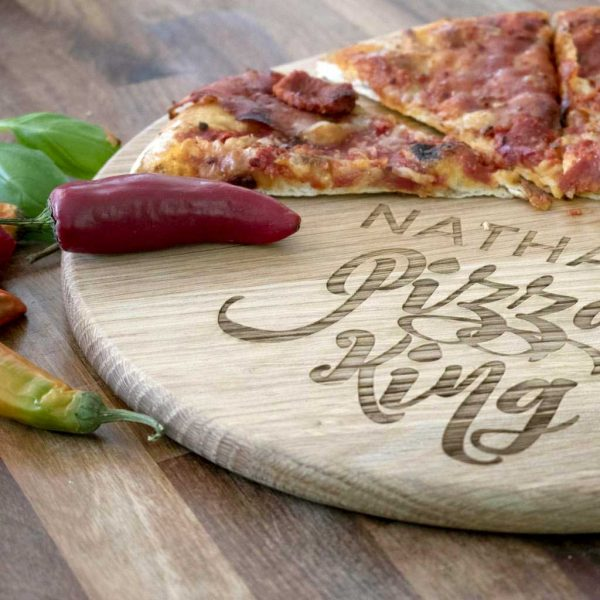 Personalised Pizza Board for Father with Name Laser Engraved above the words Pizza King. Pizza King Pizza Board with Handle & Jute Rope loop hanger.