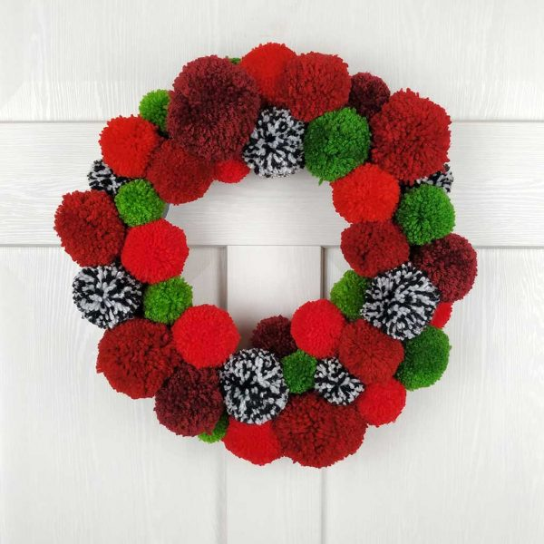 Very Red Handmade Christmas Wreath & Christmas Garland. Handmade Home Decor and Christmas Door Decoration. Unique & Exclusive Interior Design!