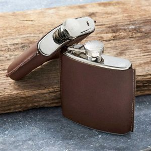 Personalised Brown Leather Hip Flask with FREE ENGRAVING. 6oz Hand-Stitched Leather Hip Flask in presentation box with personalised engraved lid Ireland.