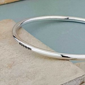 Moment In Time Silver Bangle Personalised Bracelet for Her. Silver Ladies Bangle Engraved With 3 to 5 Letters. Handmade & Hallmarked Silver Gift For Her.
