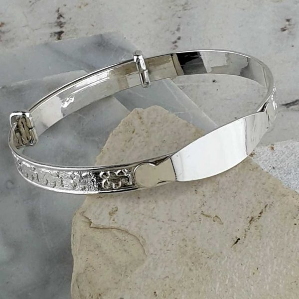 Personalised Teddy Bear Baby Bangle in Sterling Silver. Engraved Bear Baby Bangle, Handmade & Hallmarked Silver for New Born, Child, Godchild or Grandchildren