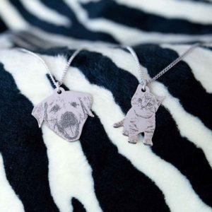 Pet Photo Pendant - Pet Silhouette Shaped Engraved Photo Pendant Necklace on 18