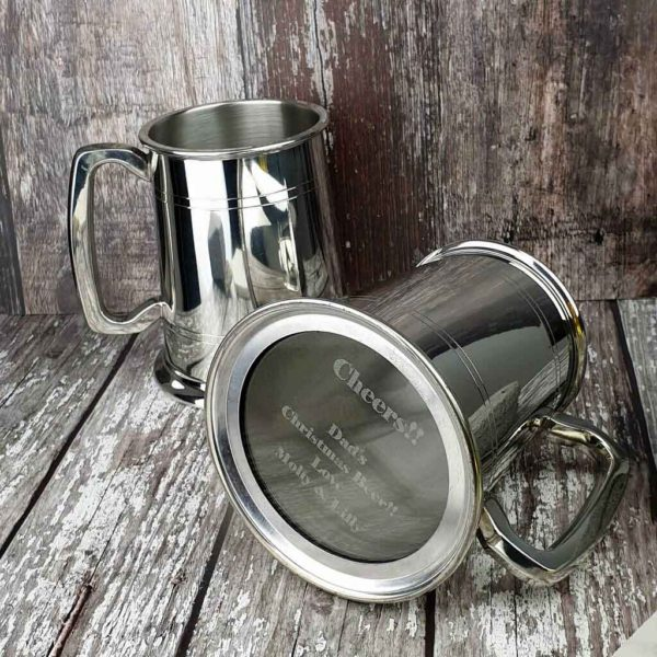 Personalised Christmas Tankard With Engraved Glass Base. Handmade Glass Bottom Tankard with Base & Front Engraving, Presentation Box & Gift Wrapping