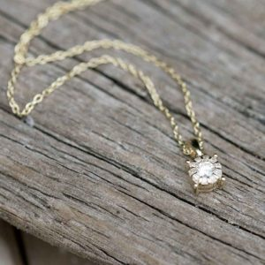 Solitaire Diamond 9K Gold Necklace in personalised gift box. Stunning 0.11ct Diamond & Gold Pendant on Gold Chain for Christmas, Anniversary & Birthday.