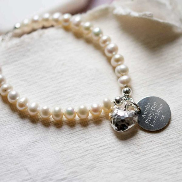 Freshwater Pearl Bracelet With Personalised Silver Pendant & Silver Heart In Personalised Gift Box Engraved with 75 characters of your choice & Free Engraving.