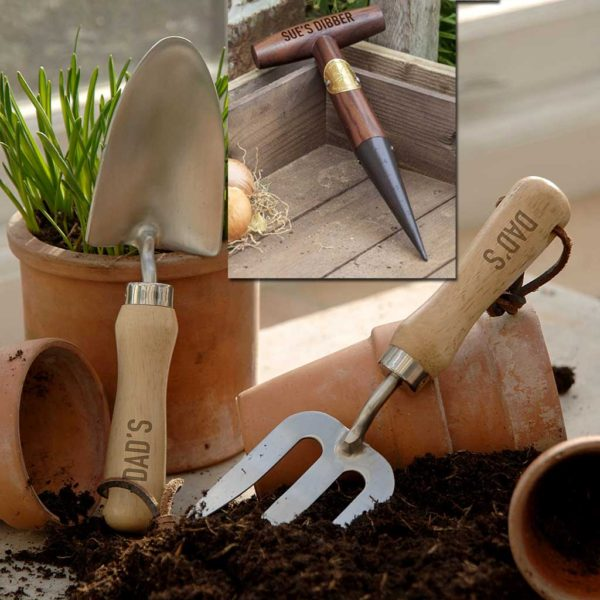 Personalised Garden Fork, Trowel & Dibber Gardeners Tool Set with Personalised Engraving on Fork, Trowel Engraved & Dibber up to 15 Letters. Gardening Tools.