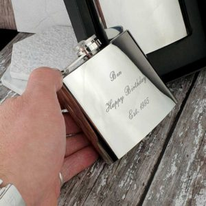 Personalised Hip Flask In Gift Box with Free Engraving. Engraved 5oz Hip Flask for Best Man, Birthday, Groom, Father Of The Bride, Dad & Fathers Day.