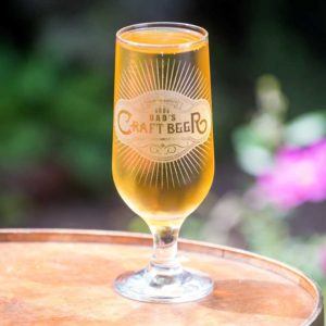 Personalised Craft Beer Glass Laser Engraved With Name. Stemmed Craft Beer Glass with Personalised Engraving for Dad, Father's Day, Brother & Grandad.