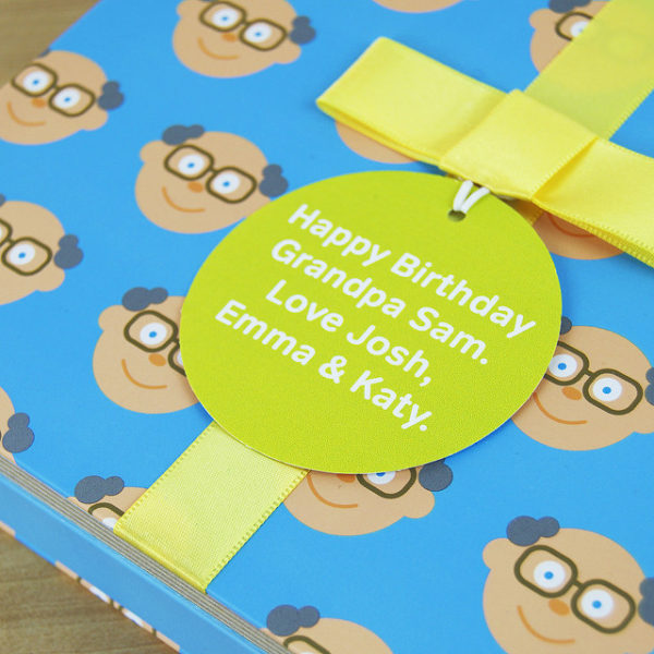 Book for Grandad with Socks Gift & Personalised Gift Tag & Card. Grandfather & Child Story Book, Socks Gift & Personalised Gift Tag for Birthday, Fathers Day, Christmas...