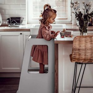 Grey Kitchen Helper Tower. Scandinavian Style Grey Kitchen Helper Tower for Children. Adjustable Height to Watch, Learn & Help Mum & Dad. 90x39cm.