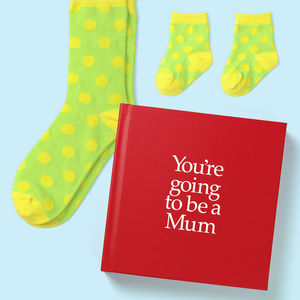 New Mother & Baby Gift Book & Socks - Perfect New Mum gift to prepare her for motherhood, with socks gift for Mother, Baby & optional personalised gift card